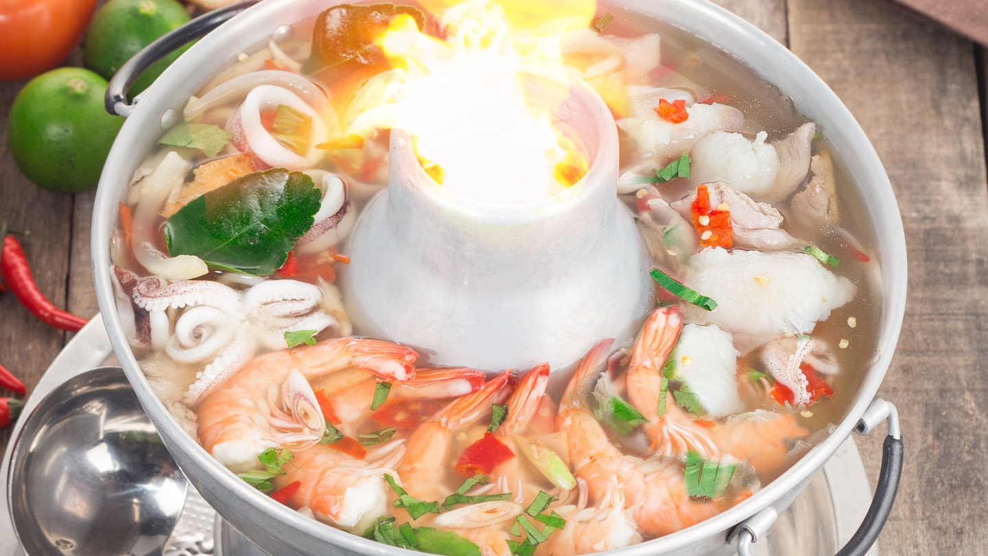 Tom Yum Clear Soup with Mixed Seafood & Chicken - L image