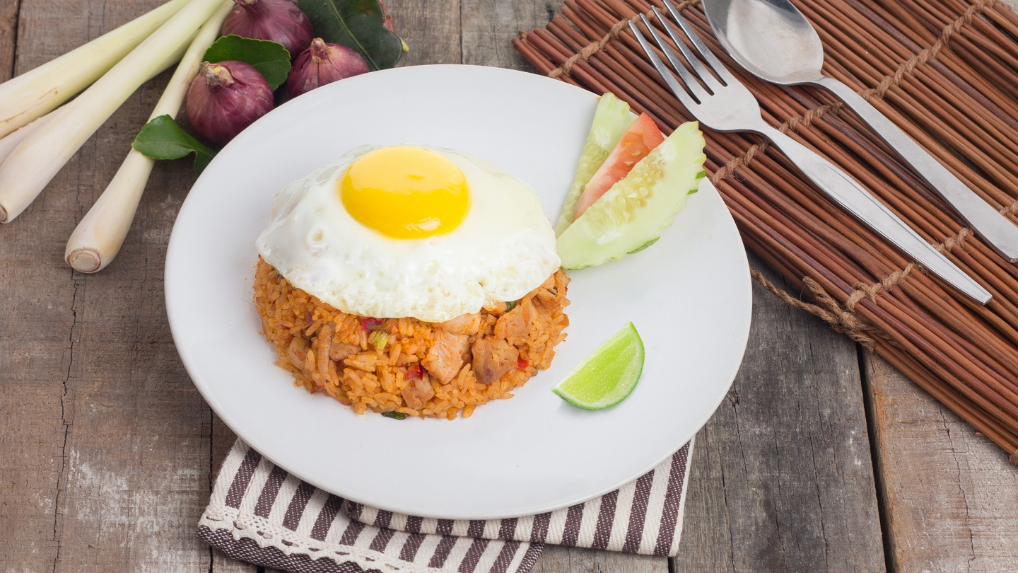 Tom Yum Fried Rice with Chicken image