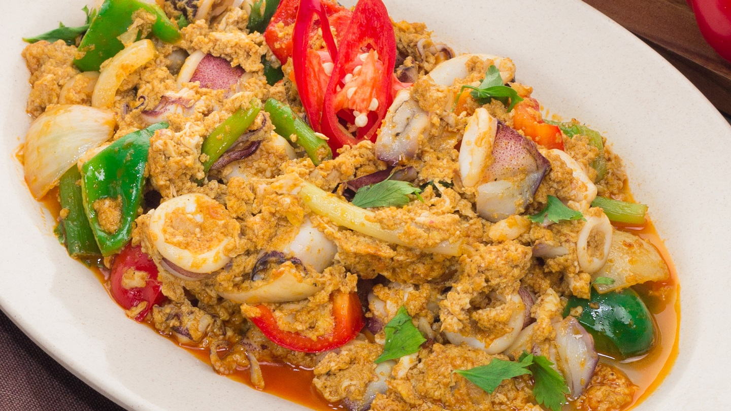 Stir Fried Squid with Yellow Curry Powder - M image
